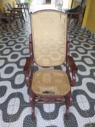 Cadeira de balanço colonial