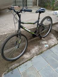 Bicicleta Caloi bem conservada