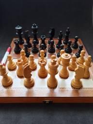 Jogo de XADREZ (madeira)