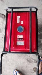 GERADOR DE ENERGIA 110/220V GASOLINA 6,099R$