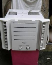 C0MPRO AR-CONDICIONADO COM DEFEITO E BUSC00 i