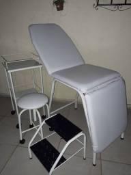 Vendo móveis hospitalar e estética.