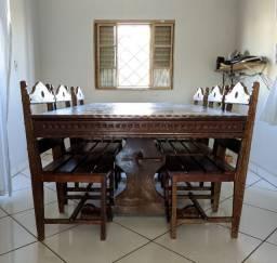 Mesa de madeira 6 lugares
