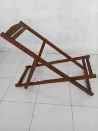 Cadeira de descanço - Espreguiçadeira - Madeira