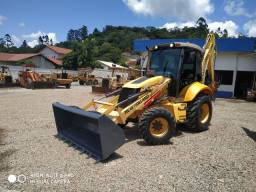 Retroescavadeira New Holland b110b