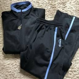 Conjunto calça e casaco de abrigo