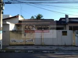 Casa Padrão à venda em Feira de Santana/BA