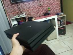 PS4 Pro - Apucarana