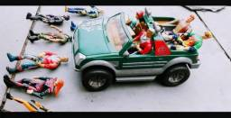 Jeep Serie Jonny Quest 1996 + Bonecos Da Serie Originais