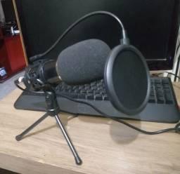 Microfone BM800 com espuma, tripé e popfilter