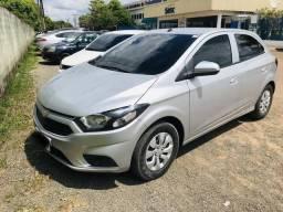 Vende-se Ônix LT modelo novo - 2017
