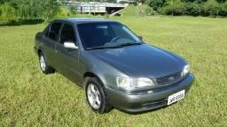 Toyota Corolla XEI , 1.8 mec. gas - 2001