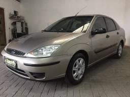 Focus sedan 1.6 completo oferta - 2004