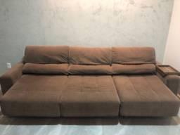Sofá retrátil em tecido chenille marrom - 2,75m (usado)