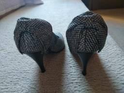 Sapato 33/34 furta-cor