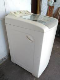 Máquina de lavar Eletrolux 12 kilos