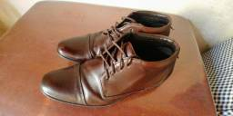 Sapato social/ Bota democrata
