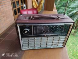 Rádio antigo GE ALL wave 8 vintage
