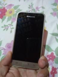 Vendo um celular Samsung Galaxy J1 preço R$ 200.00