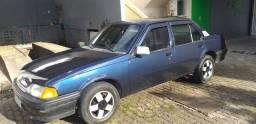 Vende um Monza ano 1995 de cor  azul