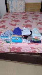 Vendo lote de roupa bebe 0 a 3 meses menino