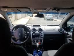 Fiesta Sedan Completo 1.6 13/14