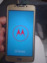 Vendo Motorola G5 32 GB ( tela trincada )