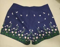 Shorts liso florido