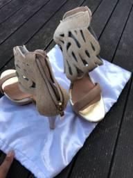 Vendo sandália para raio TAM 36 couro