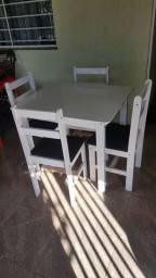 Mesa cadeiras barato bom estado