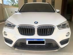 BMW X1 interior bege modelo novo