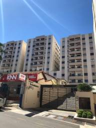 Centro, rua Delfim Moreira apartamento 2 quartos com vaga e elevador