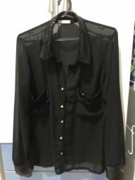 Camisa preta com paetê