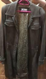 Casaco de couro marrom legítimo.