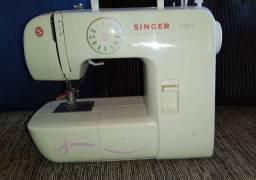 Máquina de costura Singer (nova)