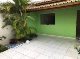 Alugo Casa em Santa Maria da Boa Vista