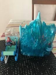 Título do anúncio: Kit castelo importado Disney frozen princesa Elza e trenó da Ana