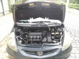 Honda fit 1.4 lx 04
