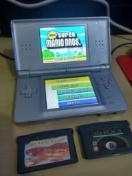 Nintendo DS Lite - Compatível com GBA