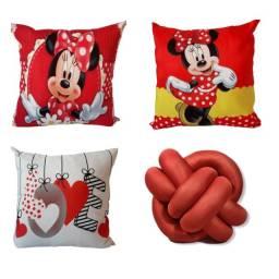 Título do anúncio: Kit 3 Capas de Almofadas Minnie Vermelha + 1 Nó