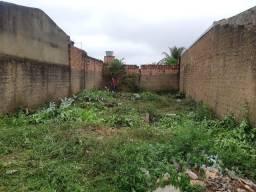 Vende-se terreno todo murado ; 10x25 MT R$ 45.000,00