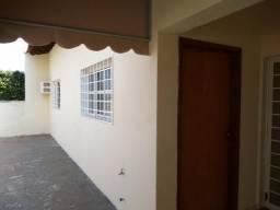 Casa com 3 dormitórios para alugar, 150 m² por R$ 1.500/mês + IPTU - Vila Moreira - São Jo