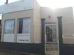 Alugo loja, na Morada do Vale 1, bem localizada loja pronta
