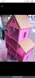 Casa de MDF poly 60 por 44 com móveis!!