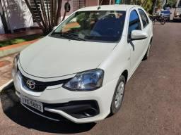 Etios sedan X 1.5 automático