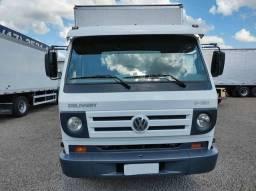 Caminhão 3/4 Volkswagen 9-150 Baú