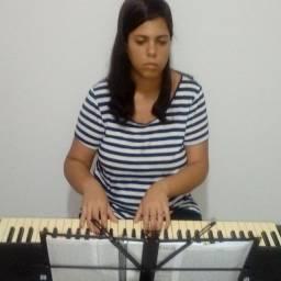 Teclado, Violão, Bateria, Contrabaixo, Flauta e Canto Coral e Regência