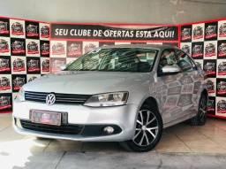 Título do anúncio:  Volkswagen Jetta 2013 2.0 Comfortline automático Banco de Couro