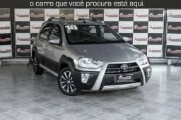 Toyota Etios Cross 1.5 Automático ( 16.000 km Com Kit Gas ) - 2018