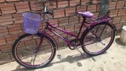 Vendo bicicleta caiu aro 26 semi nova tenho a nota fiscal